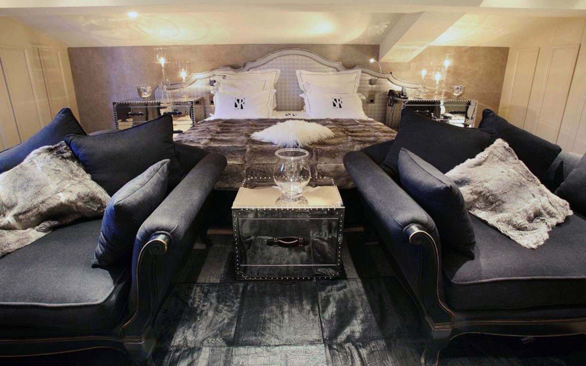 302/Site Maison Tournier/Hotel/Saint Roch/saint_roch_courchevel_appartement_love_8.jpg